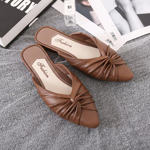 Flat Bottom Casual Slippers For Women - Chocolate