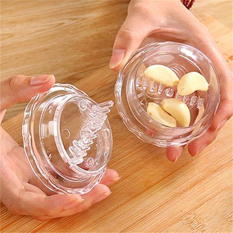 Friendly Plastic Garlic Twisting Box