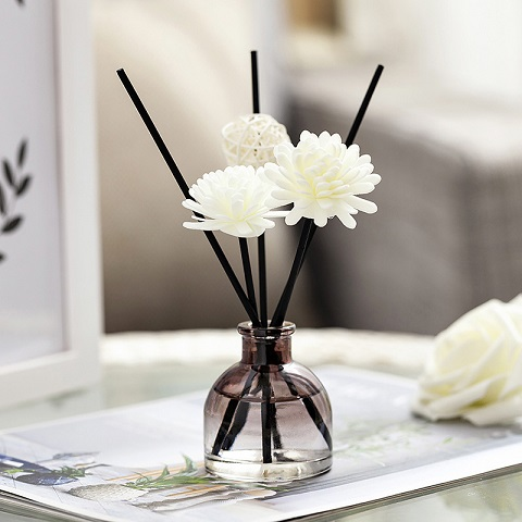 Home Aroma Therapy Rattan Reed Fragrance Diffuser Set - Lily (20245)