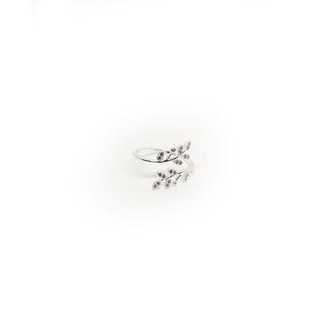 Ladies Beautiful Silver Stone Stud Finger Ring