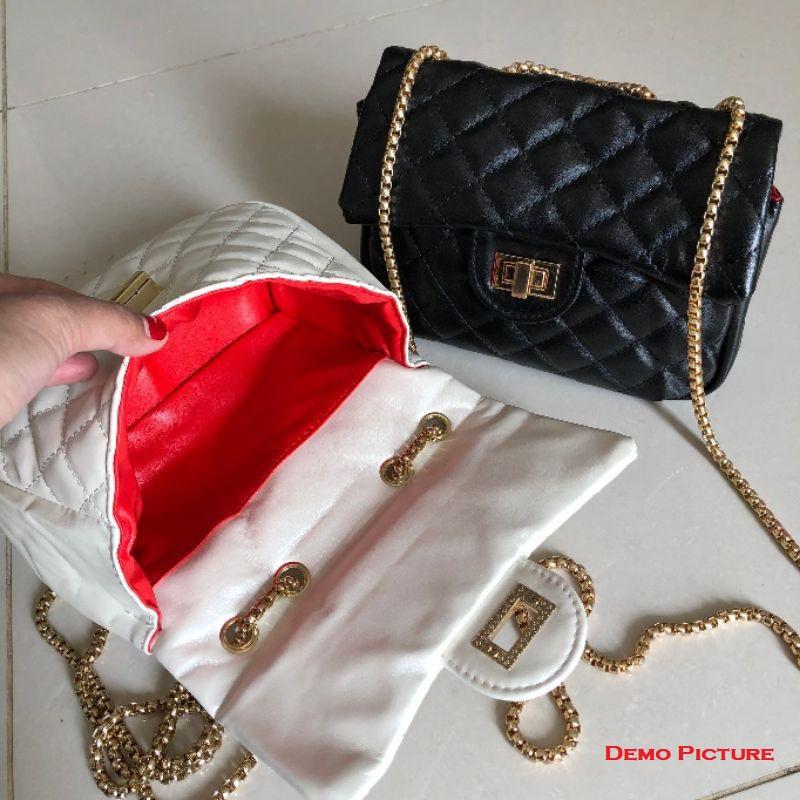 Ladies Classic Korean Style Shoulder Flap Bag (1001034)