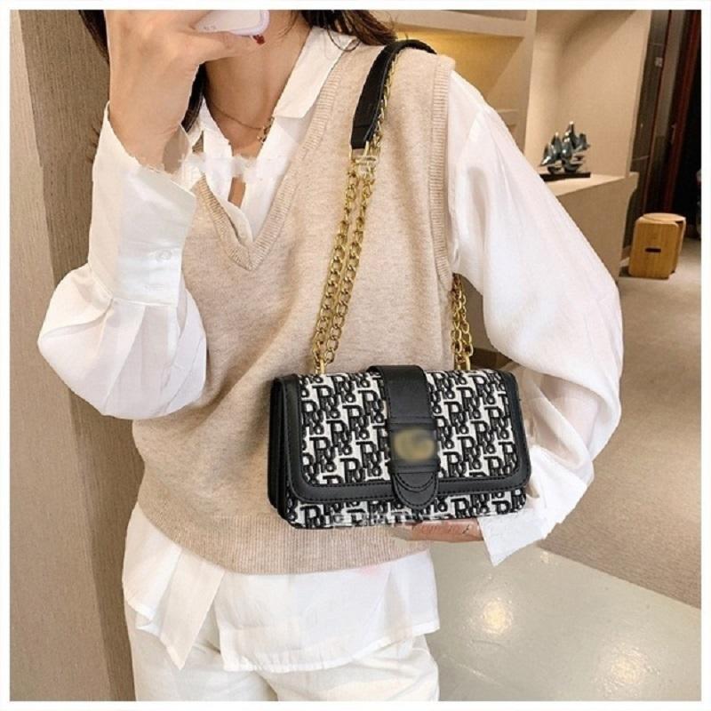 Ladies New Trendy Exotic Shoulder Bag (1001043)