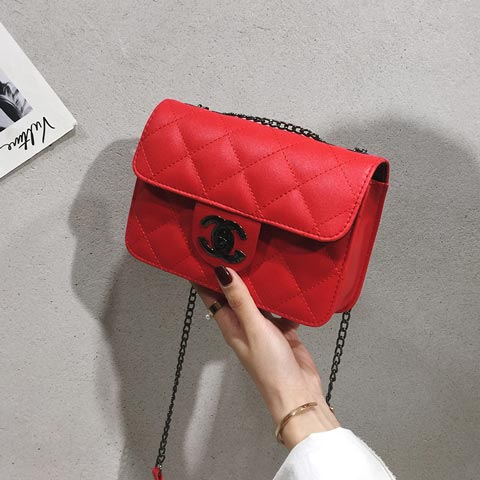 New Fashion Embroidery Thread Women's Shoulder Bag - Red