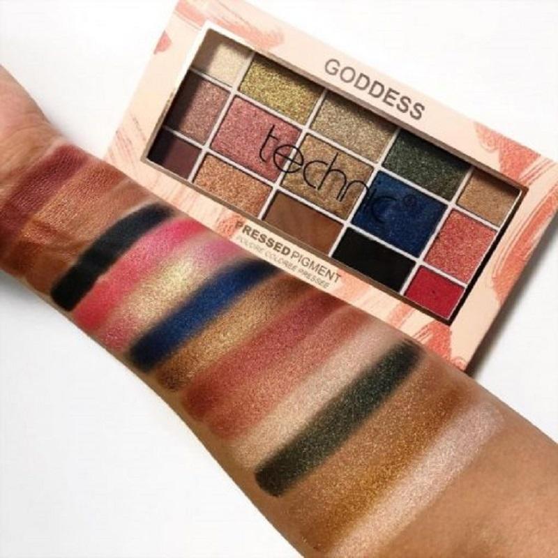 Technic 15 Pressed Pigment Eyeshadow Palette - Goddess
