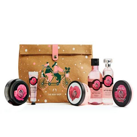 the-body-shop-glowing-british-rose-ultimate-gift-bag_regular_601e6ca6463da.jpg