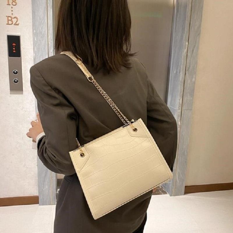 Women's Simple Fashionable Crocodile Pattern Chain Bag (1001061)