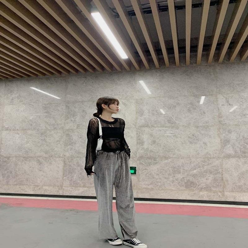 Women's Wide-Legged Velvet Pants - Galaxy Grey