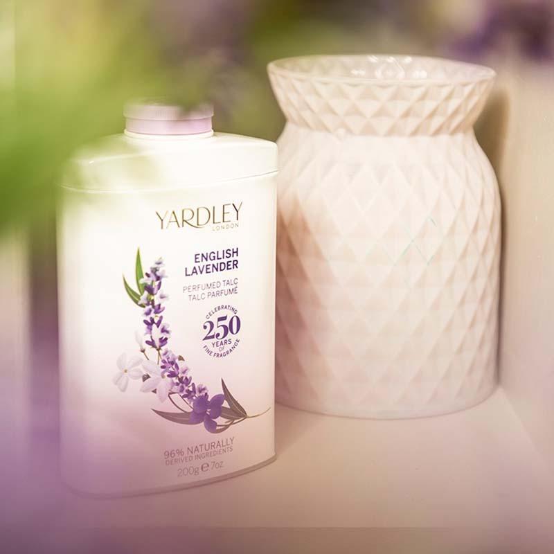 Yardley London English Lavender Perfumed Talc Powder 200g